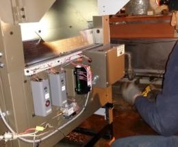 parsplumbing-Installation d'une nouvelle chaudière à eau chaude atmosphérique2