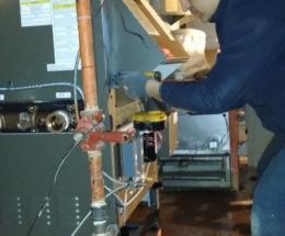 parsplumbing-Installation d'une nouvelle chaudière à eau chaude atmosphérique4